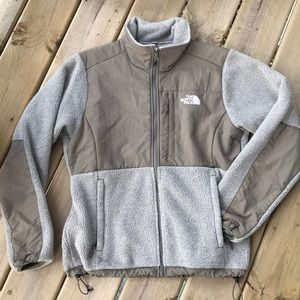 EUC - The North Face Denali Jacket